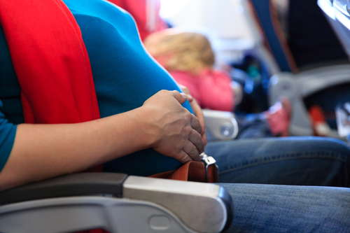 latanie samolotem w czasię ciąży