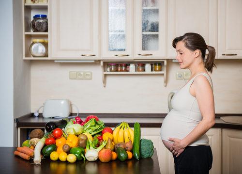 czego nie można jeść w ciąży